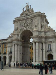 Angie Erleben in Lissabon Arco da Rua Augusta